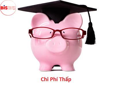 Tại Dạy kèm tiếng Anh BIS, mức học phí mà phụ huynh phải chi trả để con được học tiếng Anh toàn diện rất hợp lý và bình dân.