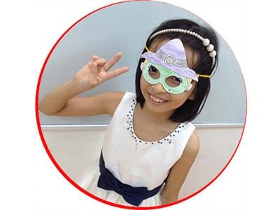Nguyễn Hoàng Hà Ngân, học viên lớp Panda4, sau thời gian học tiếng Anh tại BIS, Ngân có thể tự tin thực hiện các đoạn hội thoại tiếng Anh với các bạn trong lớp.